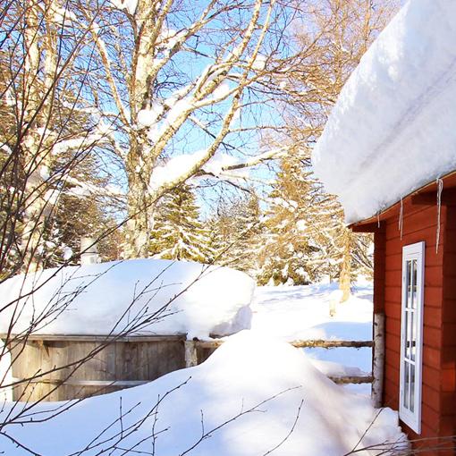Une maison du camp d'Älgbäck, lieu central de vos meilleures vacances en Laponie
